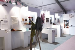 「Tokyo Designers Week2011」ブース風景写真その1