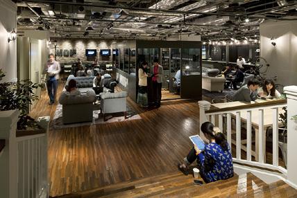 渋谷ヒカリエ 8/に解説された「Creative Lounge MOV」風景写真