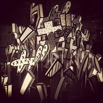 インスタレーション風景:赤塚不二夫のギャグ革命レッツラゴン展